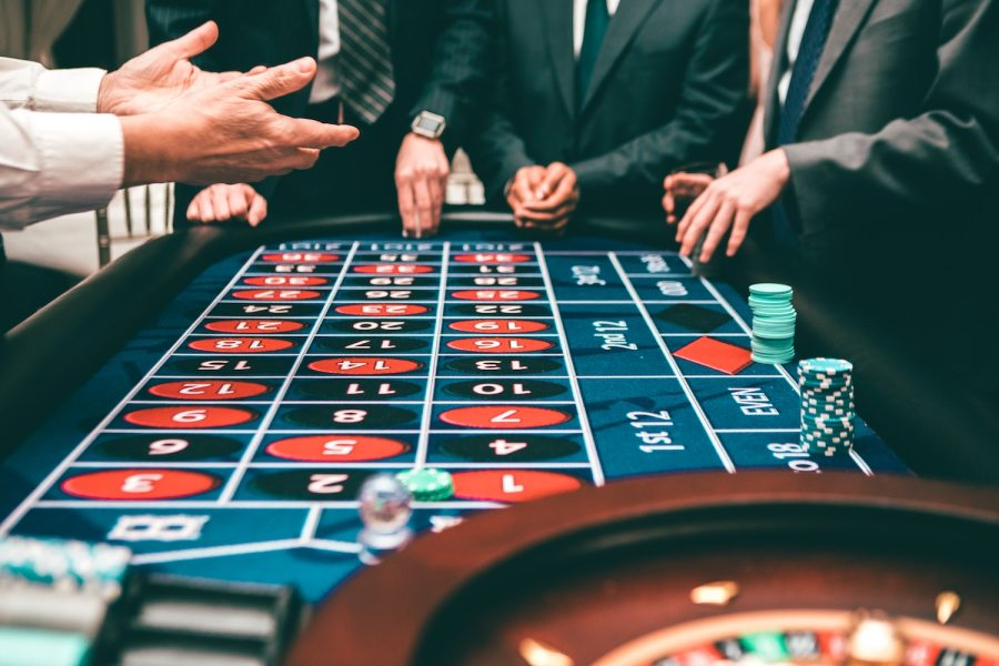 How to Successfully Win Card Gambling Online