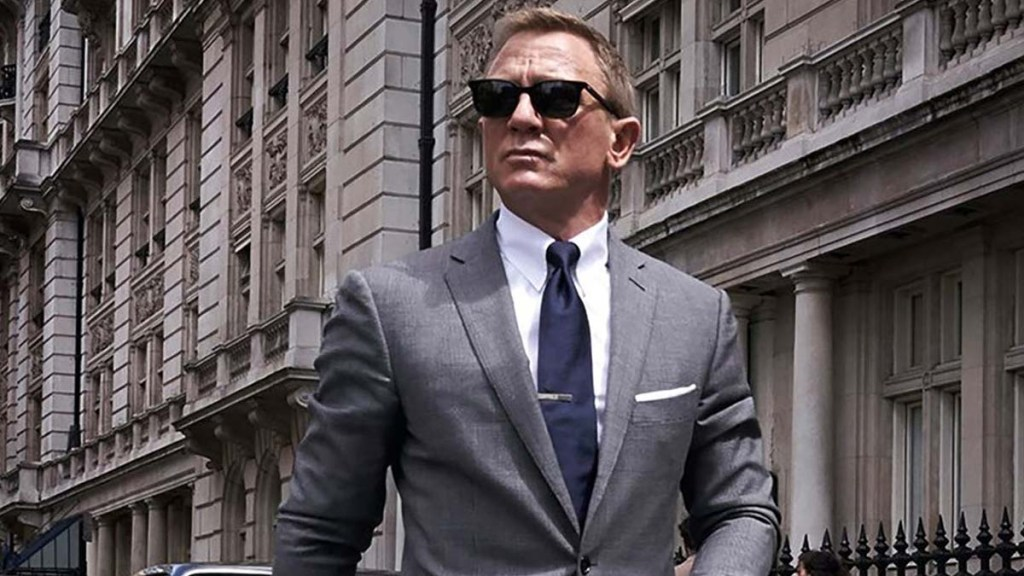 """The James Bond movie series is a classic and all-time favorite among many individuals. Across the years, there have been 25 movies and 6 actors who have played the prestigious agent, 007. Much of the franchise owes its success to Daniel Craig's portrayal of the suave spy in Casino Royale. Casino Royale had all the makings of a James Bond masterpiece: flawless fight scenes, sleek suits, and sophisticated casino backdrops. Daniel Craig may have brought us the casino experience on film then, but there are more ways than ever to relive the classic feel of brick-and-mortar casinos now. Enter the concept of a casino online. These virtual casinos host the same table and card games that we've seen in the James Bond movies like Blackjack and poker. The online casino industry continues to expand its app library. As it develops more refined casino games, the virtual experience will continue to more closely approximate visiting a physical casino. Why We Love Daniel Craig in Casino Royale His Spectacular Fight Scenes Casino Royale's spectacular fight scenes feature Daniel Craig defeating hordes of baddies with immaculate execution. Some memorable sequences are the heart-pumping opening scene in the bathroom as well as the white-knuckle sequence in the staircase. His Swanky Suits Legendary spy, James Bond, is known to have sophisticated taste in suits. While he plucks off the bad guys with lethal moves, he also looks drop-dead handsome in his dapper suits. Daniel Craig is already an attractive fellow, but he looks especially stunning in a tux. His Softer Side Playing James Bond means embracing the life of a bad boy, complete with gratuitous amounts of guns, violence, and womanizing. Casino Royale slightly deviated from this formula and introduced Vesper Lynd, the """"Bond girl"""" for this movie franchise. As the romantic interest, Vesper Lynd penetrated James Bond's steely exterior and allowed us to peek into his softer side. Daniel Craig tugged at our heartstrings in his portrayal of"""