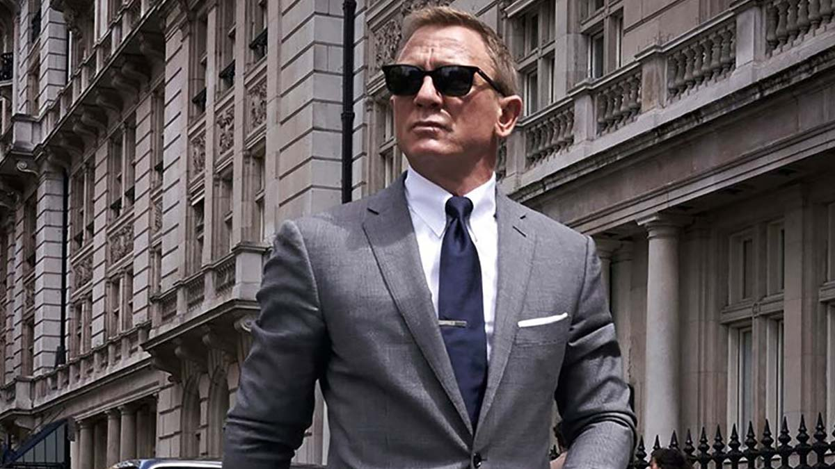"The James Bond movie series is a classic and all-time favorite among many individuals. Across the years, there have been 25 movies and 6 actors who have played the prestigious agent, 007. Much of the franchise owes its success to Daniel Craig's portrayal of the suave spy in Casino Royale. Casino Royale had all the makings of a James Bond masterpiece: flawless fight scenes, sleek suits, and sophisticated casino backdrops. Daniel Craig may have brought us the casino experience on film then, but there are more ways than ever to relive the classic feel of brick-and-mortar casinos now. Enter the concept of a casino online. These virtual casinos host the same table and card games that we've seen in the James Bond movies like Blackjack and poker. The online casino industry continues to expand its app library. As it develops more refined casino games, the virtual experience will continue to more closely approximate visiting a physical casino. Why We Love Daniel Craig in Casino Royale His Spectacular Fight Scenes Casino Royale's spectacular fight scenes feature Daniel Craig defeating hordes of baddies with immaculate execution. Some memorable sequences are the heart-pumping opening scene in the bathroom as well as the white-knuckle sequence in the staircase. His Swanky Suits Legendary spy, James Bond, is known to have sophisticated taste in suits. While he plucks off the bad guys with lethal moves, he also looks drop-dead handsome in his dapper suits. Daniel Craig is already an attractive fellow, but he looks especially stunning in a tux. His Softer Side Playing James Bond means embracing the life of a bad boy, complete with gratuitous amounts of guns, violence, and womanizing. Casino Royale slightly deviated from this formula and introduced Vesper Lynd, the ""Bond girl"" for this movie franchise. As the romantic interest, Vesper Lynd penetrated James Bond's steely exterior and allowed us to peek into his softer side. Daniel Craig tugged at our heartstrings in his portrayal of an alpha-male killing machine who still had humanity when it came to matters of the heart. His Impeccable Driving Skills A James Bond movie is not complete without an intense car chase. There's nothing more satisfying than watching Agent 007 take the wheel and hunt down goons through crowded alleyways and other zany settings. Daniel Craig took his driving lessons seriously, and it shows. His Dedication to the Character Daniel Craig is officially the actor who had the most time investment playing our favorite sophisticated spy. Sean Connery played 007 for 9 years, and Roger Moore played the role for 12 years. Daniel Craig has embodied James Bond for 14 years. Playing James Bond in Casino Royale elevated Daniel Craig's status in Hollywood and proved staunch critics wrong. The James Bond hype isn't dying anytime soon, but it can take some time for the next movie to make it to the cinemas. While you're waiting on the next movie title, consider visiting a casino online that provides the same level of fun and excitement as Casino Royale and other Bond movies cover"