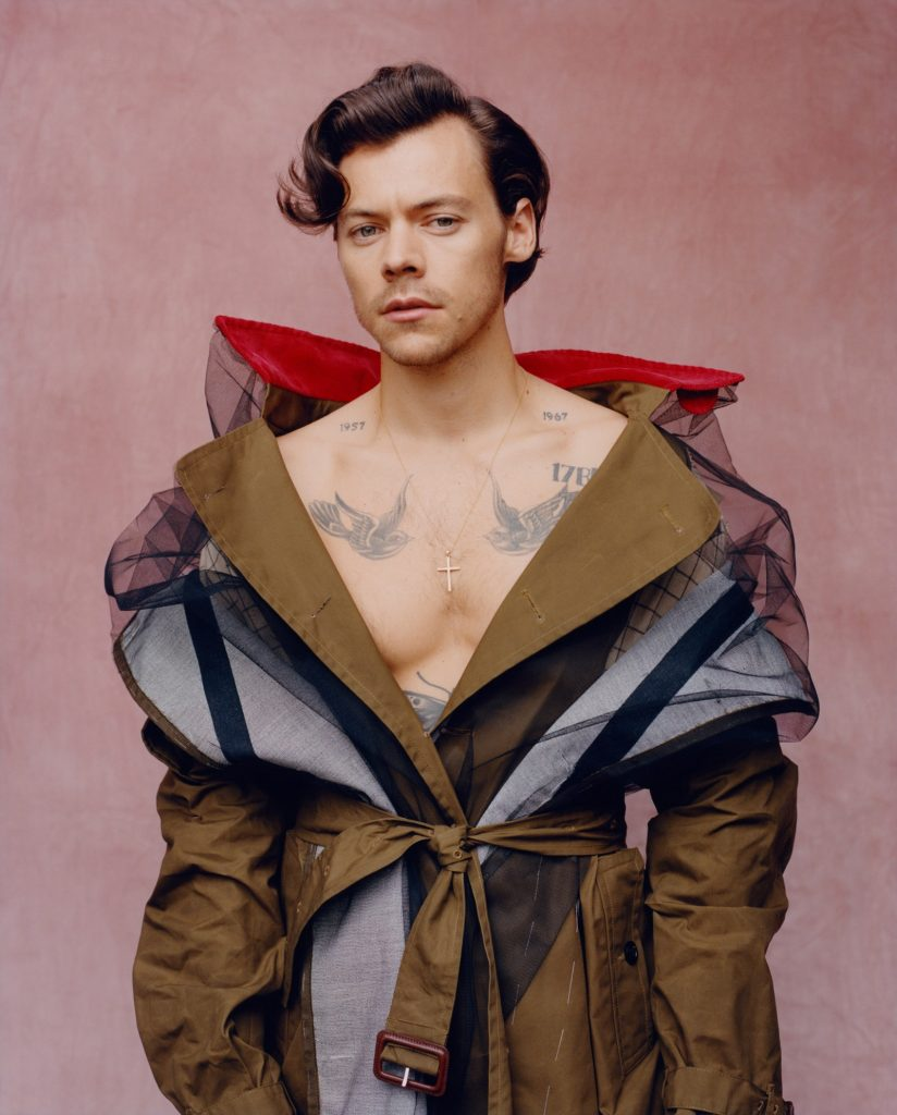 US Vogue December 2020 : Harry Styles by Tyler Mitchell