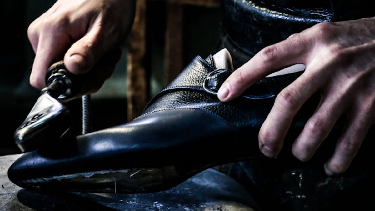 3 reasons Why Handcrafted Leather Have Been Popular Throughout History cover