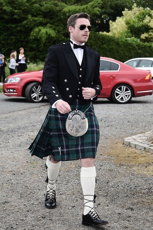 How To Wear a Kilt Confidently