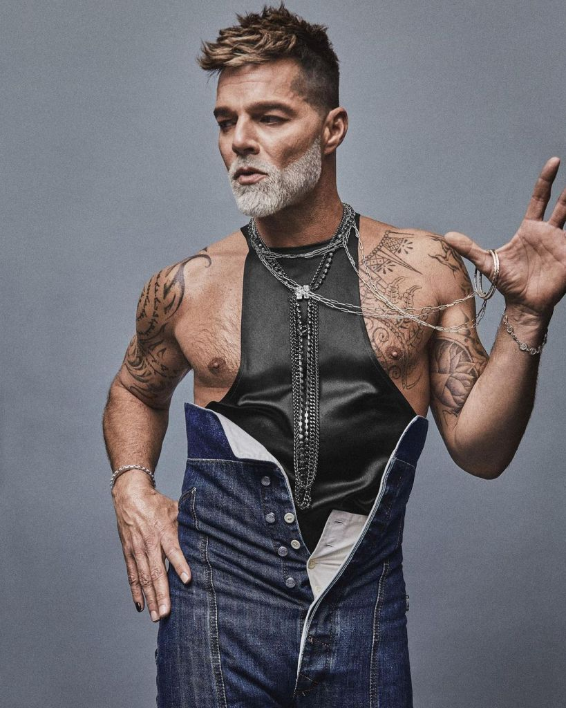 Schön! Magazine Celebrates 40th Issue with Ricky Martin on the cover