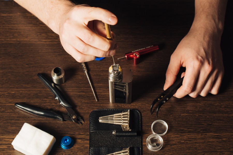 A Beginner's Guide To Building Stylish Vape Kits