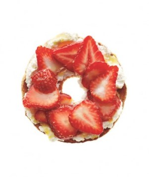 strawberries-ricotta-bagel-ictcrop_gal