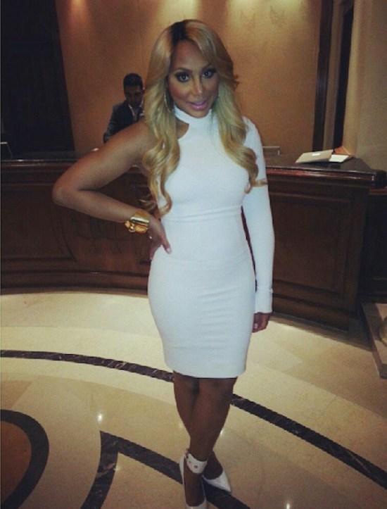 Tamar-Braxtons-Versace-White-One-Sleeve-Asymmetrical-Dress-1