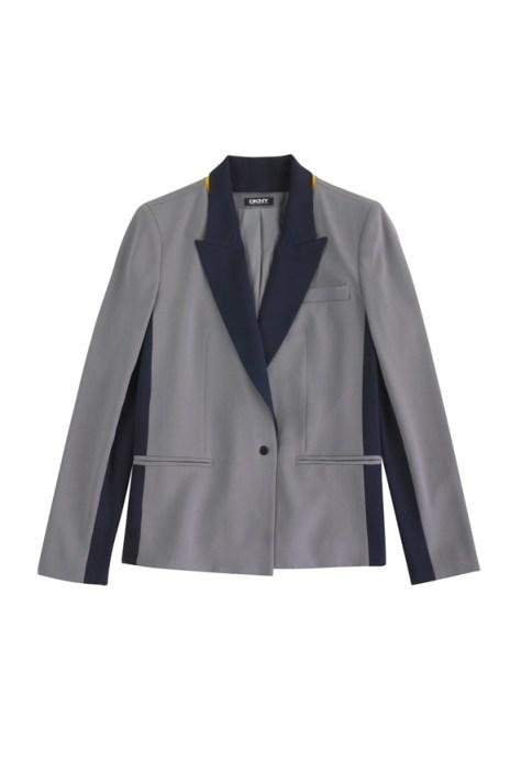 Cara-Delevingne-DKNY-23-Vogue-1Oct14-pr_b_592x888