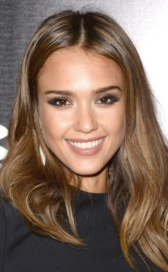 rs_634x1024-130927162753-634.Jessica-Alba-Golden-Highlights.ms.092713