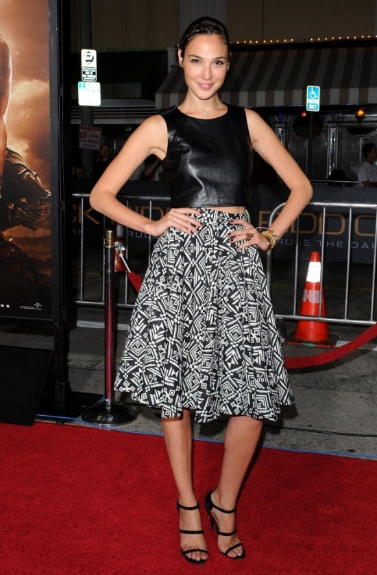 Gal+Gadot+Dresses+Skirts+Knee+Length+Skirt+y_ZTH3BjfZtx