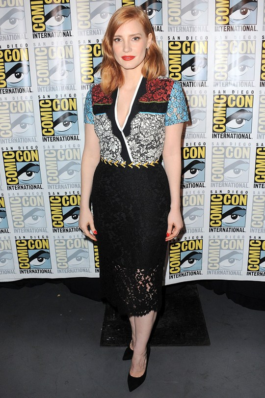 29Jessica-Chastain_glamour_21aug15_getty_b_540x810