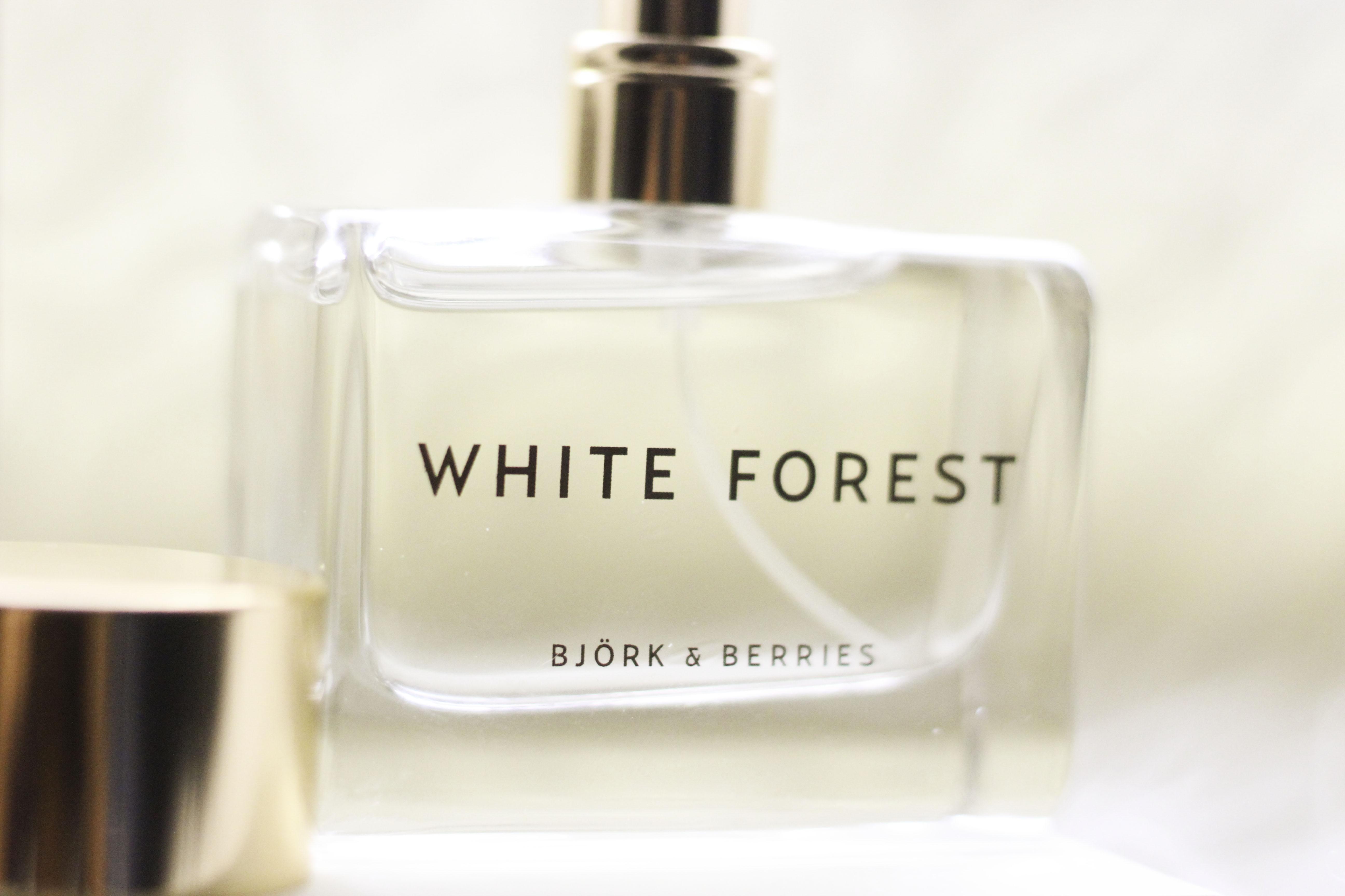 björk & berries white forest