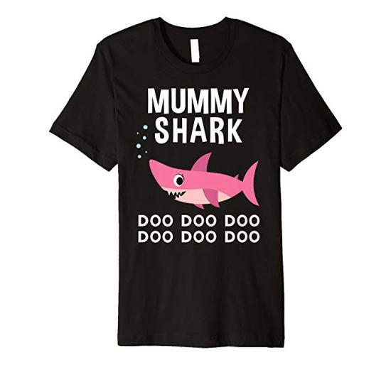 Mummy Shark T-shirt Mother's Gift image