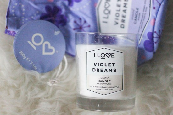 Scented candle giveaway image