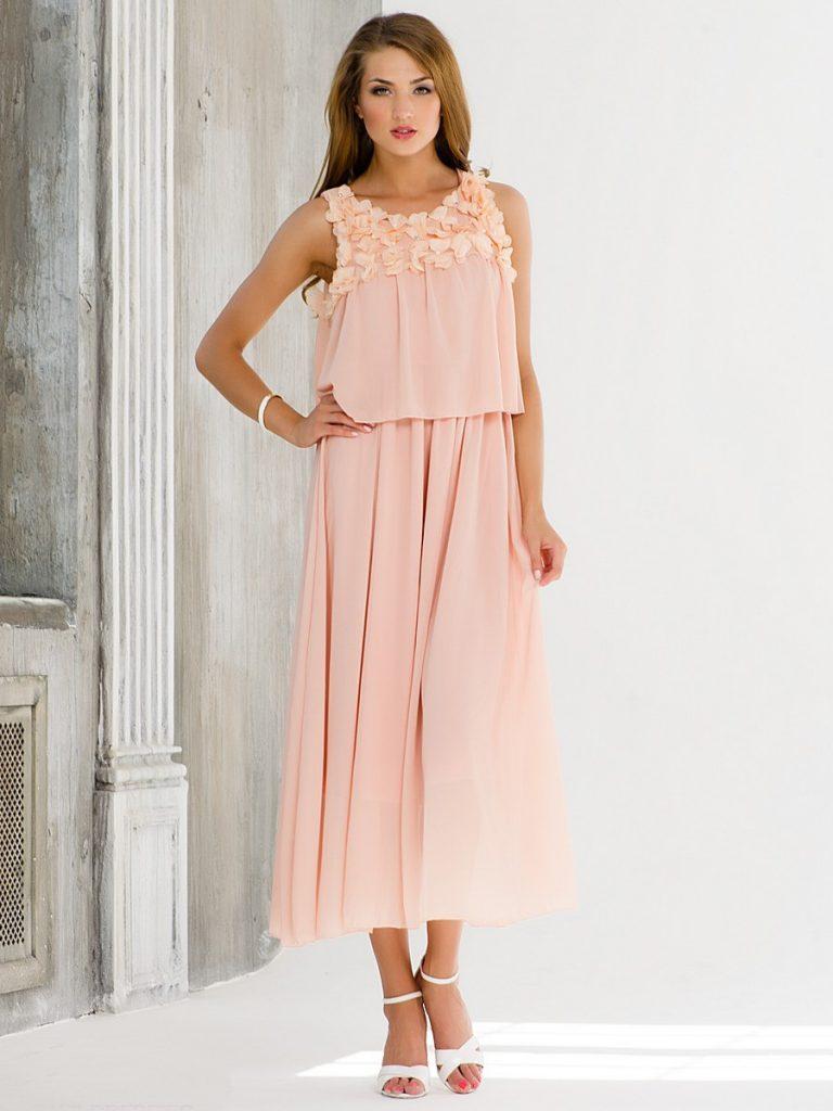 f398d7a45976 Jasne ružová s čiernou. Ružová farba v oblečení  ako sa nosí