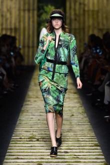 fsfwma10-10com-milan-fashion-week-s-s-2017-max-mara-highres