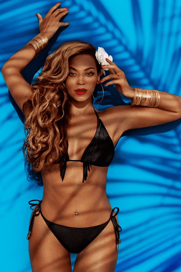 Beyonce-As-Mrs-Carter-in-HM-2