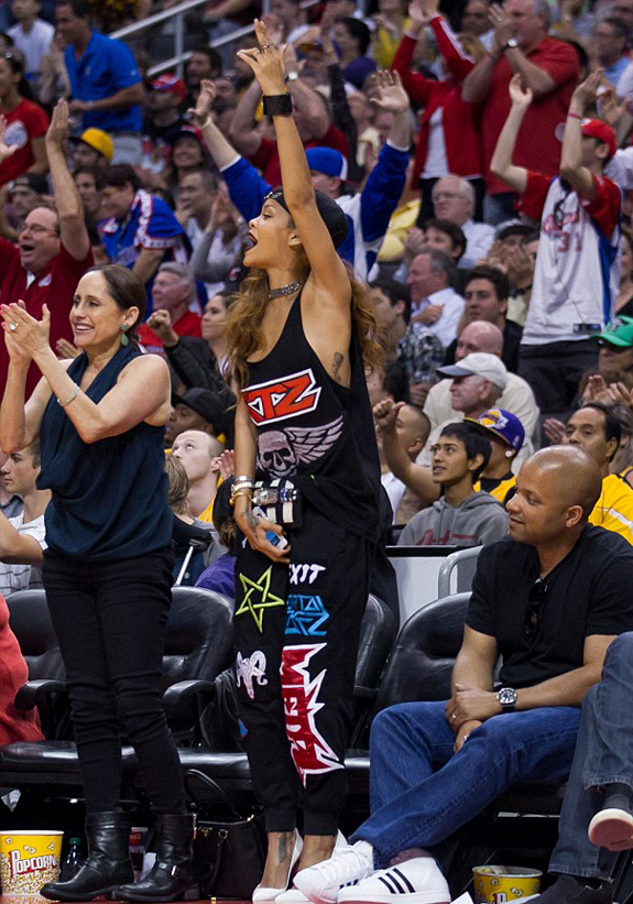 _rihanna-ktz-kokon-to-zai-patch-embroidered-pants-clippers-game-multicolored