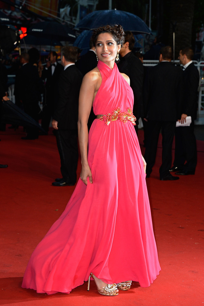 freida-pinto-the-66th-annual-cannes-film-festival-opening-ceremony-gucci-dress