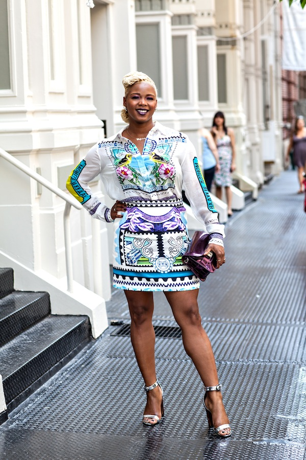https://i1.wp.com/fashionbombdaily.com/wp-content/uploads/2013/06/4-Claire-Sulmers-Mary-Katrantzou-shirt-skirt-proenza-schouler-silver-sandals-plum-bag-fashion-bomb-daily.jpg?resize=600%2C900