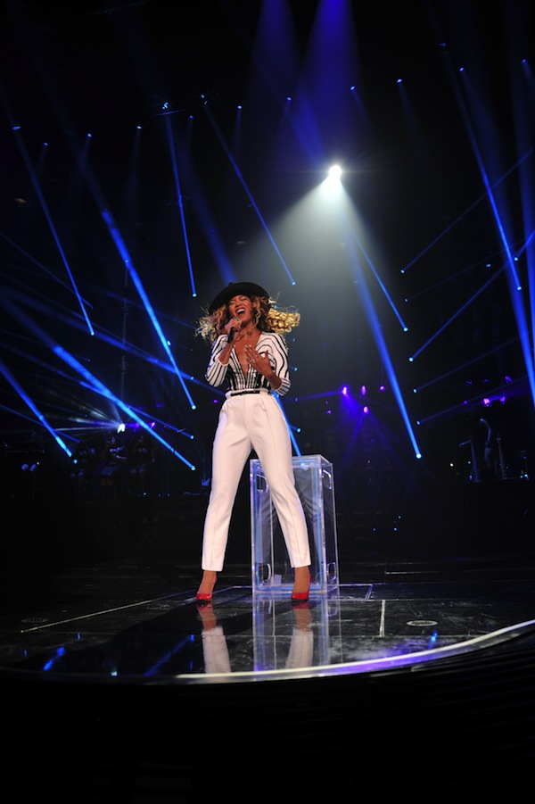 0 Beyonce's Mrs. Carter Show Gucci Custom Black and White Beaded Top and White Pants