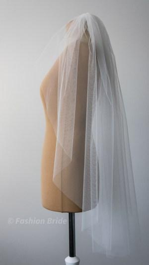 Middle length Veils
