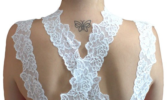DIY Lace Straps Crossed behind the Neck
