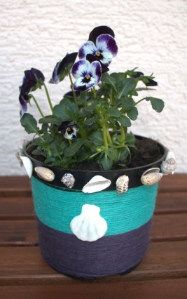 2 Simple and Creative Ideas for Decorating Flower Pots: Twine