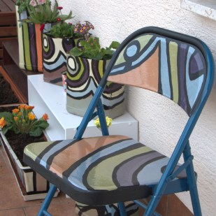 DIY Patio Chair and DIY Flower Pots