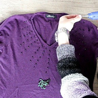 Old Shirts DIY 3 Easy No Sew Beaded Shirt Ideas