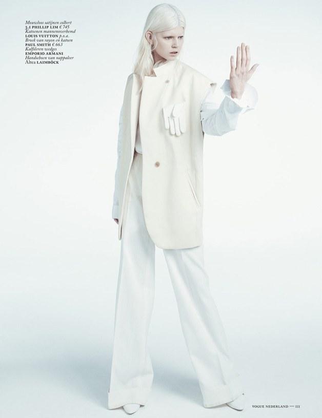 Ola Rudnicka for Vogue Netherlands 18