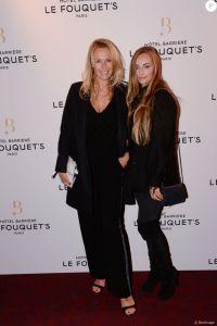 Estelle Lefébure et sa fille Emma