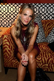 Molly Sims attends the Mercedes-Benz Fashion Week Spring 2011 Official Coverage at Lincoln Center in New York City. (Photo by Michael Buckner/Getty Images for Mercedes-Benz) on FDM www.fashiondailymag.com by Brigitte Segura