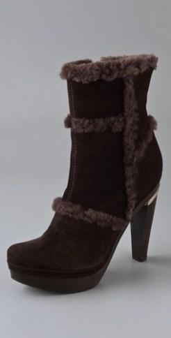 Diane-von-Furstenberg-Famke-Shearling-Platform-Booties-on-fashiondailymag.com-brigitte-segura