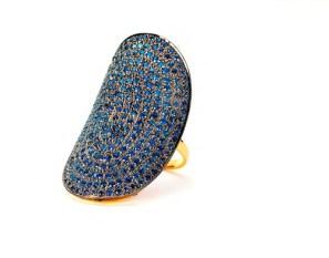 Meus-DesignsOvalSapphireRing-in-BEJEWELED-for-the-HOLIDAYS-on-FashionDailyMag.com-brigitte-segura
