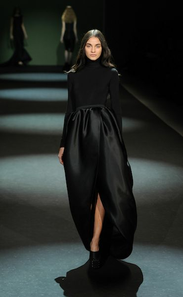 CHRISTIAN SIRIANO FW2011 MBFW minimalist black photo frazer harrison at getty for mercedes-benz on fashion daily mag