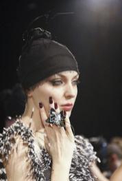 DIEGO-BINETTI-accessories-+-NAILS-fall-2011-MBFWNY-photo-6-nowfashion-on-fashiondailymag.com_