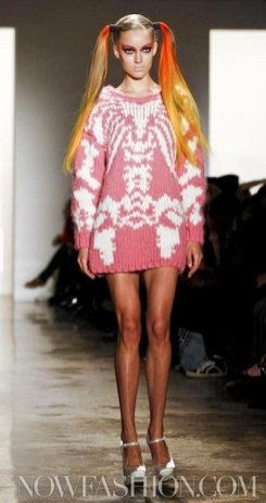 JEREMY-SCOTT-FW-11-photo-9-nowfashion.com-on-fashiondailymag.com-brigitte-segura