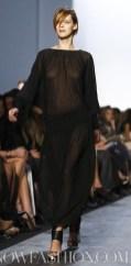 MICHAEL-KORS-FW-2011-RUNWAY-MBFWNY-photo-featuring-model-carmen-nowfashion.com-on-fashiondailymag.com-brigitte-segura