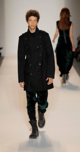 NICHOLAS-K-FW-2011-LOOK-5-PHOTO-COURTESY-OF-PUBLICIST-ON-FASHIONDAILYMAG