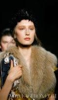 99-PRADA-FW2011-MILAN-fdm-runway-selection-brigitte-segura-photo-nowfashion.com-on-fashiondailymag
