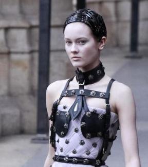 ALEXANDER-McQUEEN-braided-barettes-photo-nowfashion.com-on-fashion-daily-mag