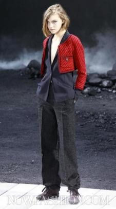 CHANEL-PARIS-F2011-RUNWAY-selection-brigitte-segura-photo-10-nowfashion.com-on-FashionDailyMag
