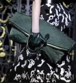 LOUIS-VUITTON-f2011-PARIS-accessories-picks-by-brigitte-segura-photos-3-by-nowfashion.com-on-fashion-daily-mag
