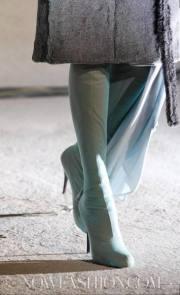 MAISON-MARTIN-MARGIELA-FALL-2011-PARIS-runway-selection-18-brigitte-segura-photo-19-nowfashion.com-on-FashionDailyMag