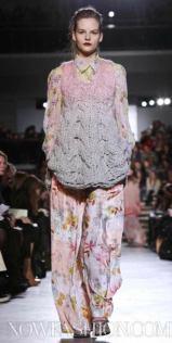 MISSONI-F2011-runway-milan-photo-2-nowfashion.com-on-fashiondailymag.com-brigitte-segura