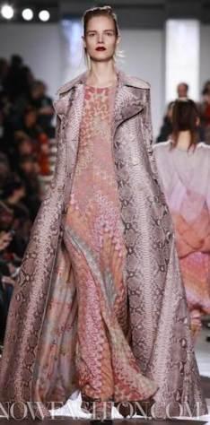 MISSONI-F2011-runway-milan-photo-9-nowfashion.com-on-fashiondailymag.com-brigitte-segura