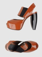 MARNI-platform-sandals-at-yoox-in-SPRING-brights-are-sculpted-on-for-spring-FashionDailyMag