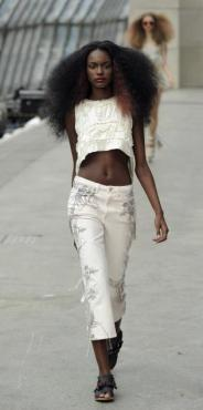 TOPSHOP-whites-for-ss11-selection-16-FDM