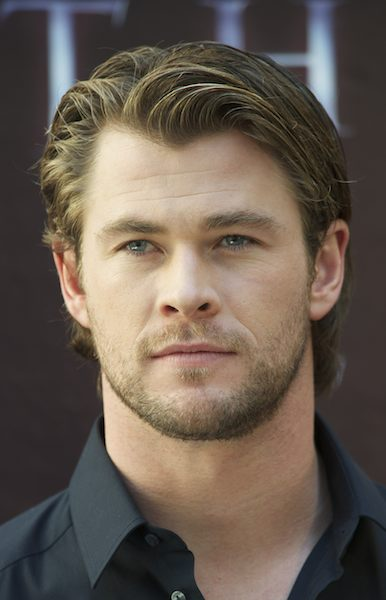 Actor Chris Hemsworth Photo 3 by Carlos Alvarez/Getty Images on FashionDailyMag.com brigitte segura