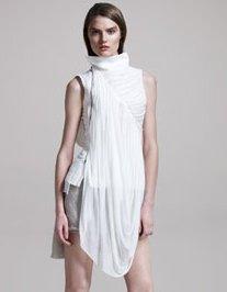 RICK-OWENS-white-on-2-fashiondailymag.com-brigitte-segura